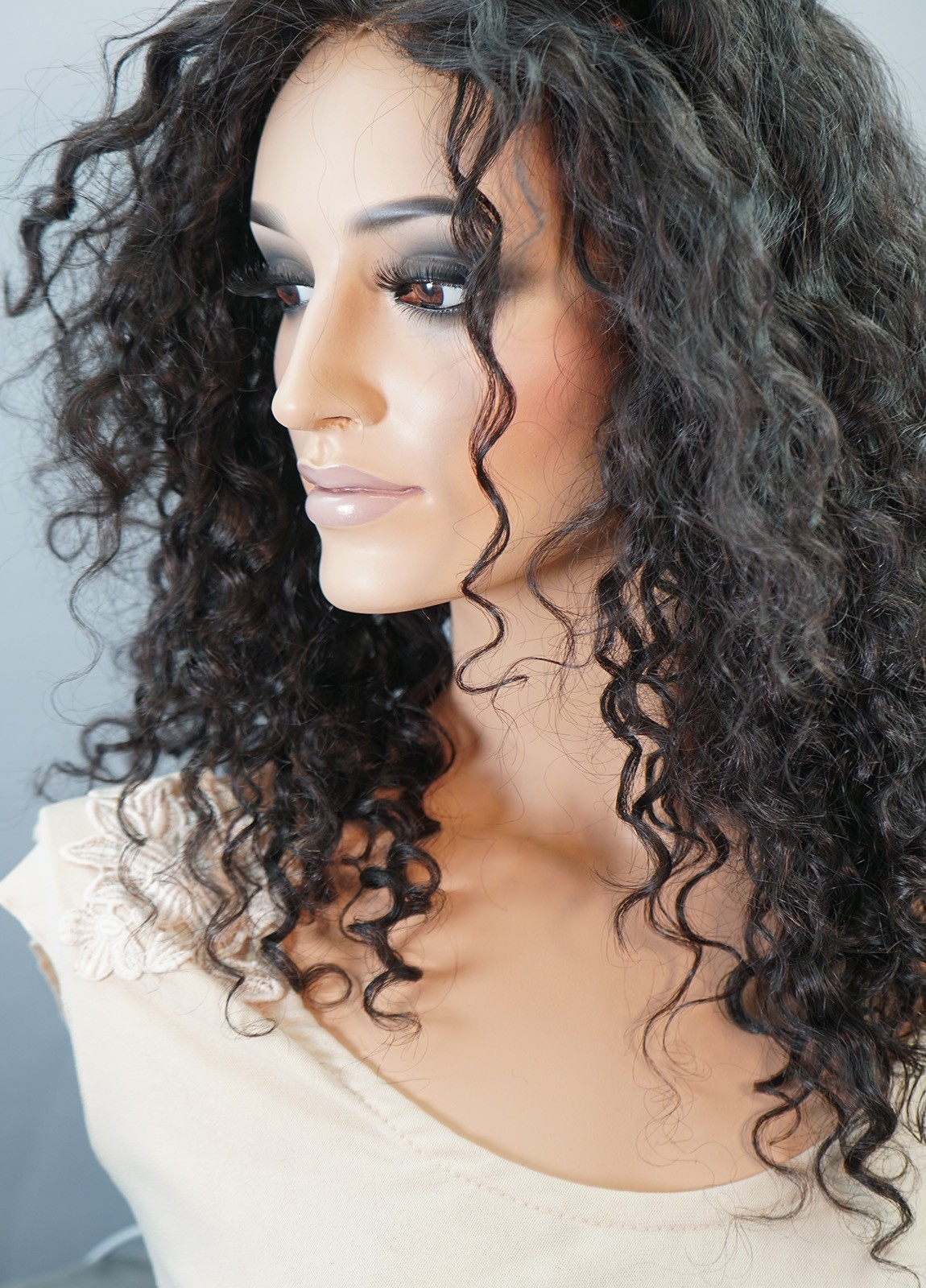 curly human hair wigs for white woment
